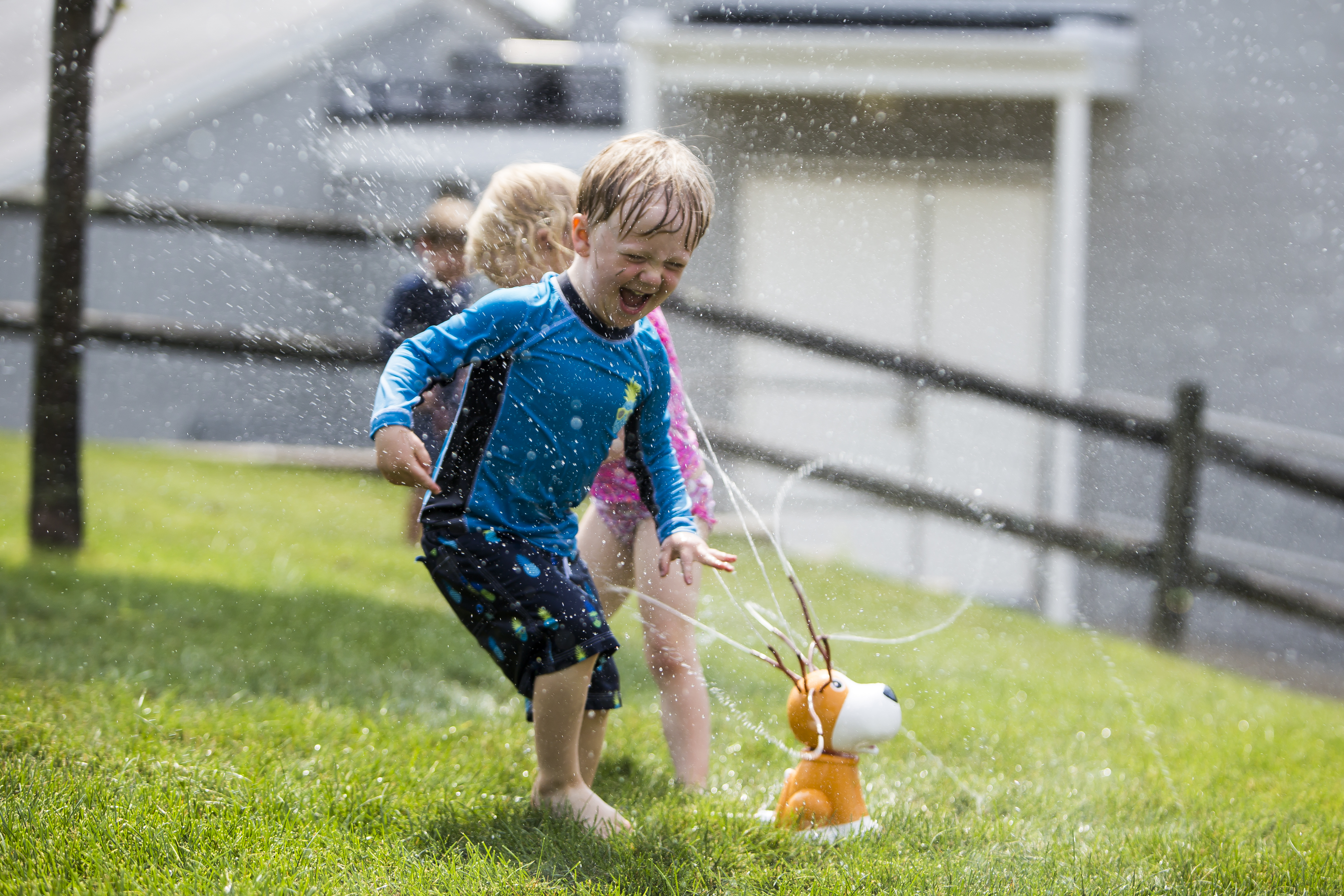 kids playing in the summer